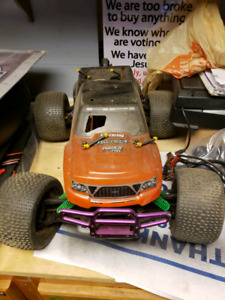 2 Hpi Savage Nitro Rc Trucks