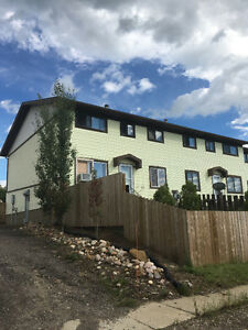 3 bdrm townhouse/condo for rent in Marshall, SK