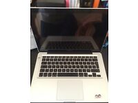 MacBook Pro 13' i5 4gb 500gb