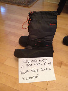 WINTER COATS/ BOOTS/ PANTS /SKATES AND MUCH MORE London Ontario image 7