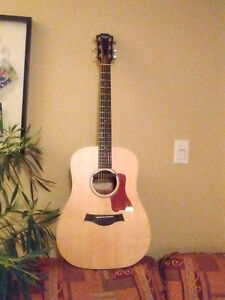 Taylor acoustic guitar and amp combo Kitchener / Waterloo Kitchener Area image 4
