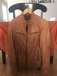 Pristine tan Danier lamb skin leather jacket