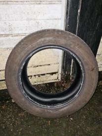 225/60/17 Tyre