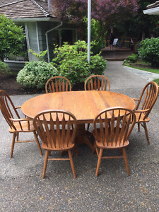 SOLID OAK CAPTAINS TABLE & 6 MATCHING CHAIRS