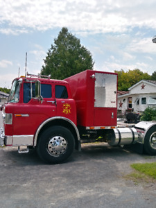 1982 FORD 800 Cabover