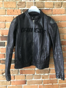 dainese carbon leather sz 50