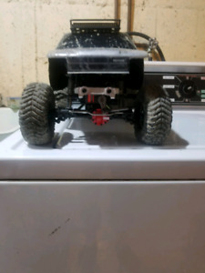 """Scx10 fully modified trade for 27""""+  mud tires"""