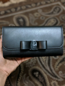 Salvatore Ferragamo Purse-willing to negotiate price