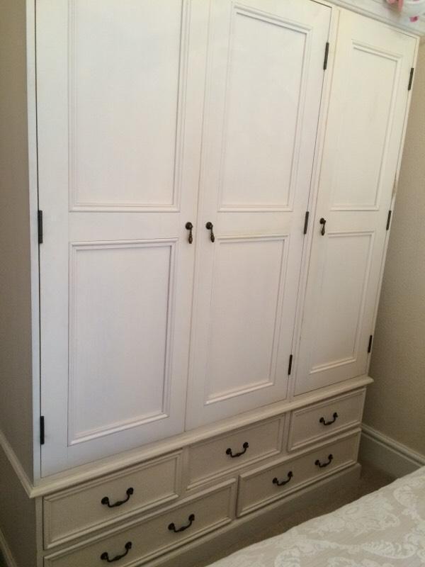 Triple White Wardrobe And Matching Drawers In Halifax