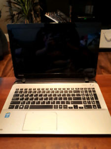 Toshiba laptop for sale. Spec in pictures.