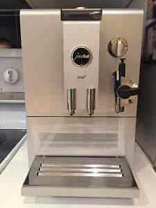 JURA ENA 4 COFFEE MACHINE! PERFECT CONDTION! West Island Greater Montréal image 1