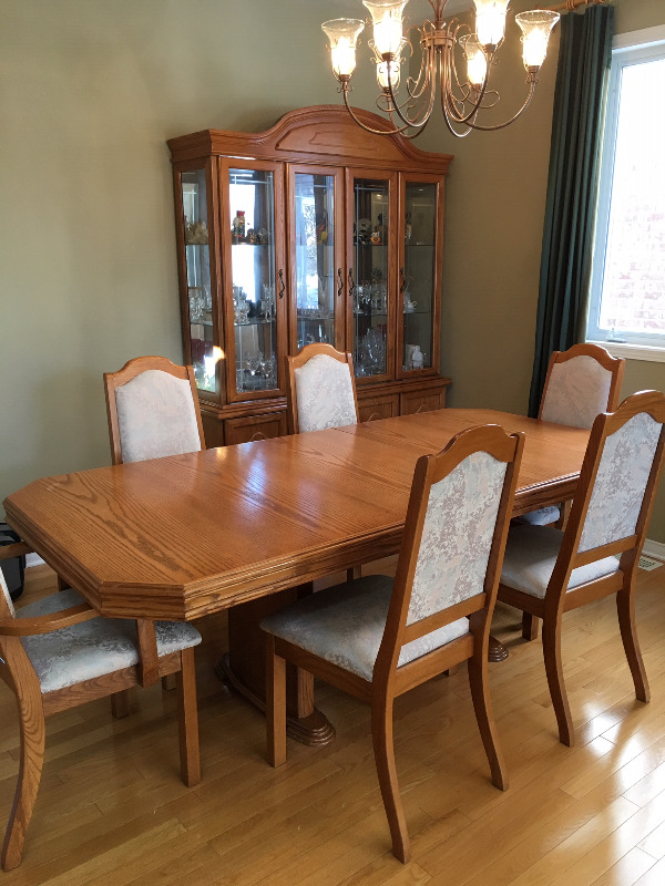 Solid Oak Dining Set With Hutch Buffet Dining Tables Sets