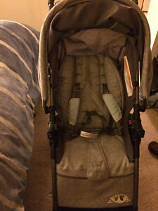 Selling safety1st stroller, carseat and base Windsor Region Ontario image 4