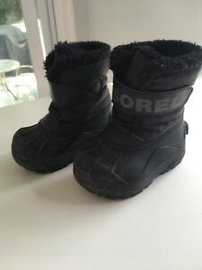 Sorel winter boots size 6 toddler