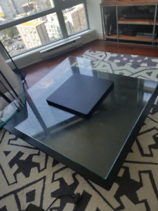 STRUCTUBE  COFFEE TABLE MUST GO due to active baby proofing