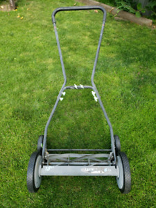 "18"" Push Lawn Mower"