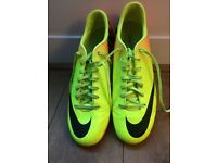 Nike football boots 8.5