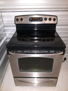 GE Convection  Oven Glass Top Self Cleaning