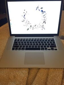 Macbook Pro, 15.4-inch high-performance notebook Retina display