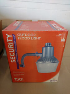 Outdoor Security Flood Light 150W Bulb Included Brand New In Box