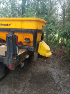 Plow truck with salter