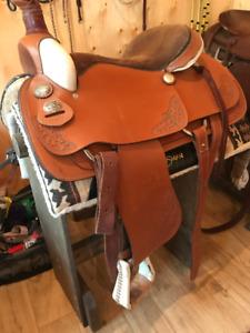 """Royal King 16"""" Lightly Used Saddle"""