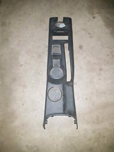 99-2005 VW JETTA/GOLF    CENTER CONSOLE WITH CUPHOLDER/EBRAKE