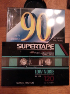 No name cassette tapes  (Zellers & Realistic)