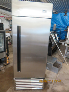 Single Door Stainless Steel Freezer / Industrial / QBD