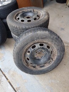 Snow tires - 2 michelin and 2 cooper tires