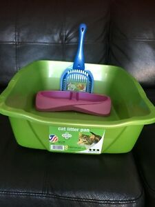 New cat litter pan, litter scoop and feeding tray