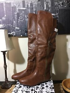 Knee High Boots in Chesnut Sz 8