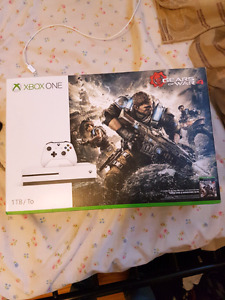 Xbox one 1TB gears of War 4 bundle
