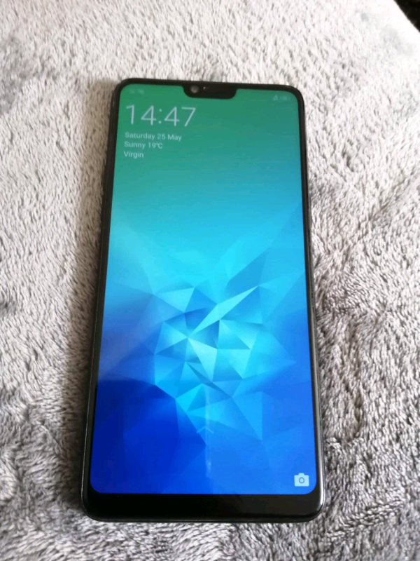Oppo F7 64gb , 6'23 inch , Notch   in Leicester, Leicestershire   Gumtree