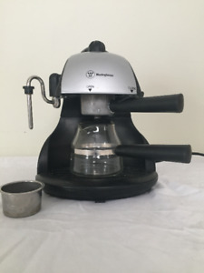 Westinghouse Expresso Maker with Milk Steamer