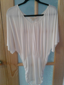 WHITE BATWING TOP FOREVER 21
