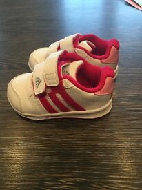 Adidas baby trainers size 4