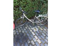 Giant Ladies Bike excellent condition