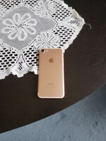 Selling iPhone 7 Rose Gold 128gb *Mint Condition