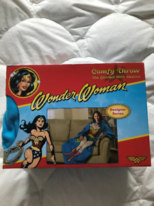 Wonder Woman Comfy Throw
