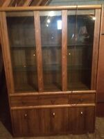 Display case/China cabinet.