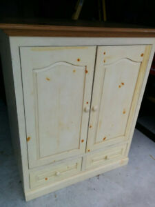 Solid Pine TV Entertainment Cabinet with hide a way doors.