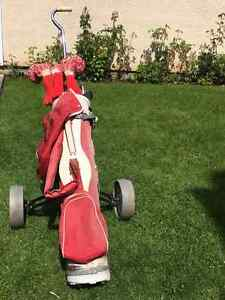 Ladies Golf Clubs with Golf Bag and Cart on wheels