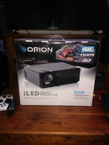 BRAND NEW!! LED PROJECTOR TV & SCREEN