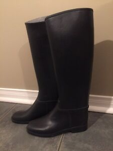 Riding boots women's size 6
