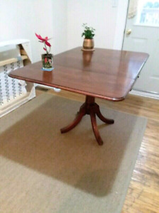 $25 for mahogany dinner table (moving sale)