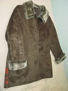 """Beau manteau d'hiver """"neuf"""", genre suède, FEN-NELLI,"""