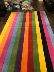 brand new area rug %100 wool