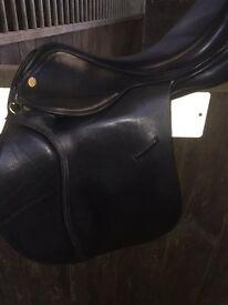 "GFS Black Leather General Purpose Saddle 17.5"" Seat"