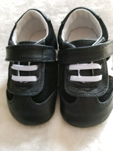 Jack & Lily toddler shoes size 24-30 months